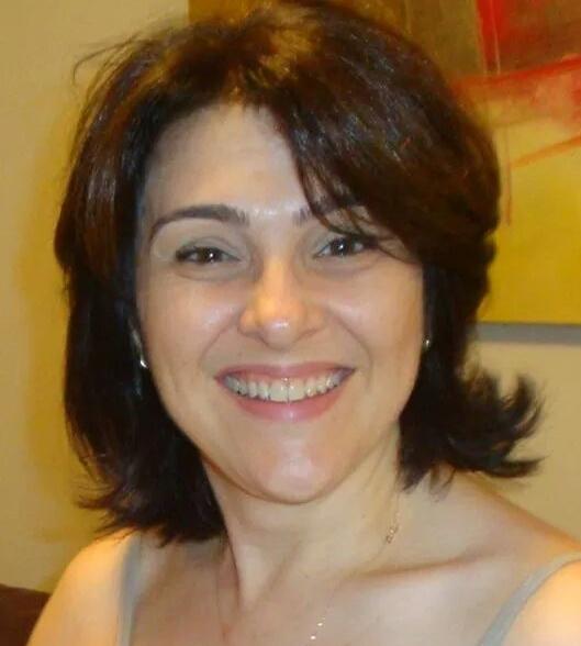 Silvia Regina Desuani Medeiros Da Silva
